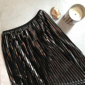 Zara collection • NWT metallic pleated midi skirt